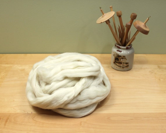 Corriedale Wool Fiber - Undyed Roving for Spinning or Felting (8 oz)