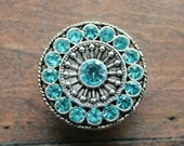Crystal Drawer Knobs - Furniture Knobs with Aqua Glass Crystals (MK113) in Silver