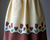 APRON Kitchen Pinafore Cook Chef Skirt Cover Vintage Yellow Gingham Checker Brown Tulips