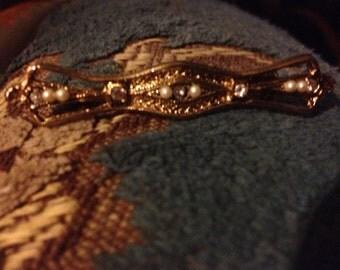 Vintage RETRO Gold tone faux Seed pearl and rhinestone bar pin