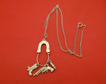 """Awesome Western themed Vintage 17"""" silver tone necklace with horseshoe pendant and cowboy charms in great condition"""