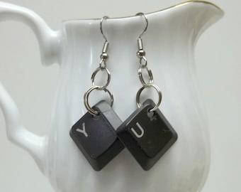 dark grey computer keys earrings,Y/U computer key earrings,upcycled computer keys Y/U,dark grey computer Y/U key earrings,ecofriendly