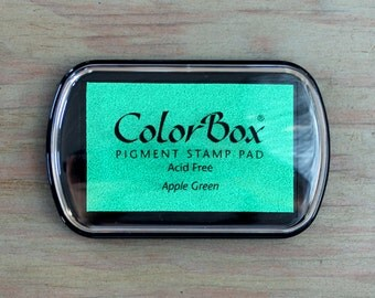 Ink Pad // COLORBOX // Pigment ink -- 35 colors