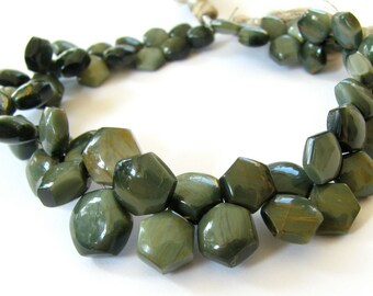 Green Cat's Eye Hexagon Briolettes. Half Strand. 7mm - 10mm (8k21b)