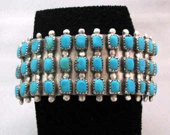 Vintage 1970s Navajo Sterling Silver Turquoise Bracelet Womens Cuff s6.25