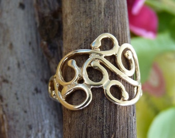 14k Gold Ring - Handmade Gold Plated Ring with Twisting Wires | Handcrafted Jewelry