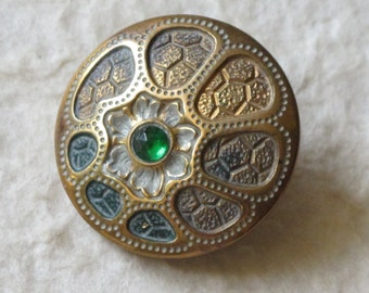 Victorian Art Nouveau Button Green Jewel Cold Painted Brass c.1890 Jewelled
