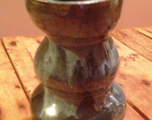 Original green CERAMIC tri shaped vase   25 PERCENT OFF Sale