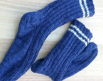 Sale Handmade Knit pure Wool Men Women socks size 8 to 9