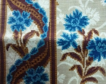 Divine Morceau of Antique French Fabric / 1800s / Sample / Patchwork / Document / Archive