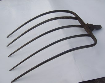 Vintage Pitch Fork / Hay Fork / Farmhouse