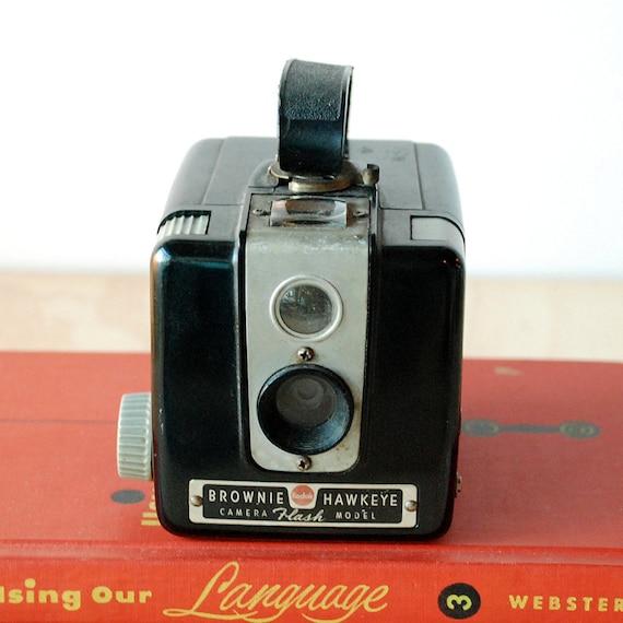 vintage camera kodak brownie hawkeye flash model working. Black Bedroom Furniture Sets. Home Design Ideas