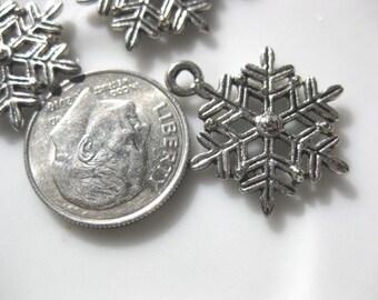 Snowflake Tibetan Silver Jewelry Charm 3 pieces snow winter