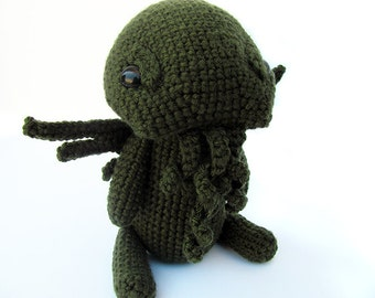 Crochet PATTERN PDF - Amigurumi Monster Cthulhu Plush - H.P Lovecraft, amigurumi pattern, crochet monster plush, monster toy, softie