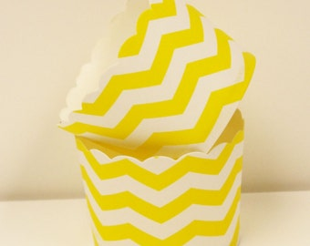 Cupcake Liners, Cupcake Baking Cups, 20 Yellow Bake Cups, Party, Candy,Holiday, Cupcake Liner, Baby Shower, Birthday Party, Wedding Cupcakes