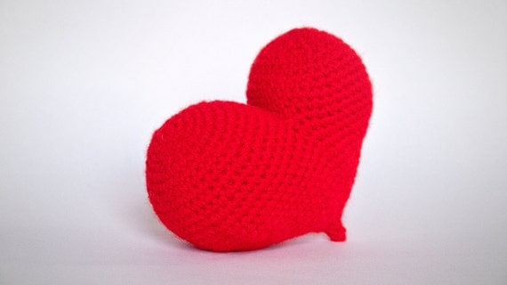 Free Crochet Patterns For Japanese Dolls : Pop heart amigurumi red by Chikai on Etsy