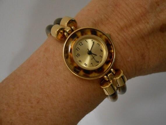 Women S Avon Tortoise Shell Look Quartz Wrist Watch