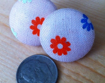 Flower Power retro style button covered earrings
