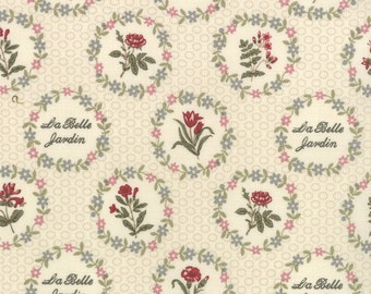 La BELLE FLEUR French General Moda fabric shabby quilt sewing cream red roses jardin Kaari Meng cottage chic 1 yard 13631-16