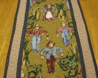 Quilted Scarecrow Table Runner