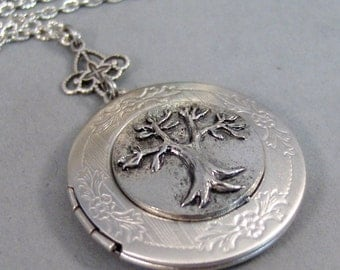 Thinking Tree,Locket,Gold,Silver,Silver Locket,Tree,Family,Antiqued,Charm,Necklace,Pendant. jewelery by Valleygirldesigns.