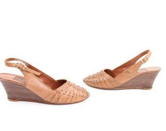Vintage 70s Leather Sandals Wood Wedges Slingback Pumps Woven Size 5 1970s Brown Leather Pumps Heels Brown Tan Peep Toe Pumps