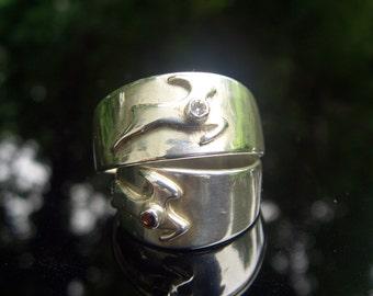 Antelope Ring - 1 Gem