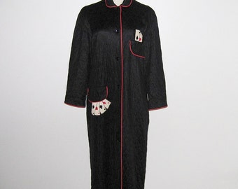 Vintage 1950s Novelty Print Robe / 50s Black Quilted Robe With Playing Cards / 50s Black & Red Robe - Eyeful By The Flaums - M, L