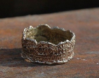 Victorian Lace No. 1 Gold Ring by Peg and Awl
