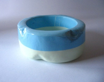 Baby blue and mint green wedge edged resin bangle bracelet jewelry , pastel green and baby blue bracelet resin bangle