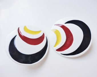 retro vintage earrings round white enamel earrings blue red and yellow