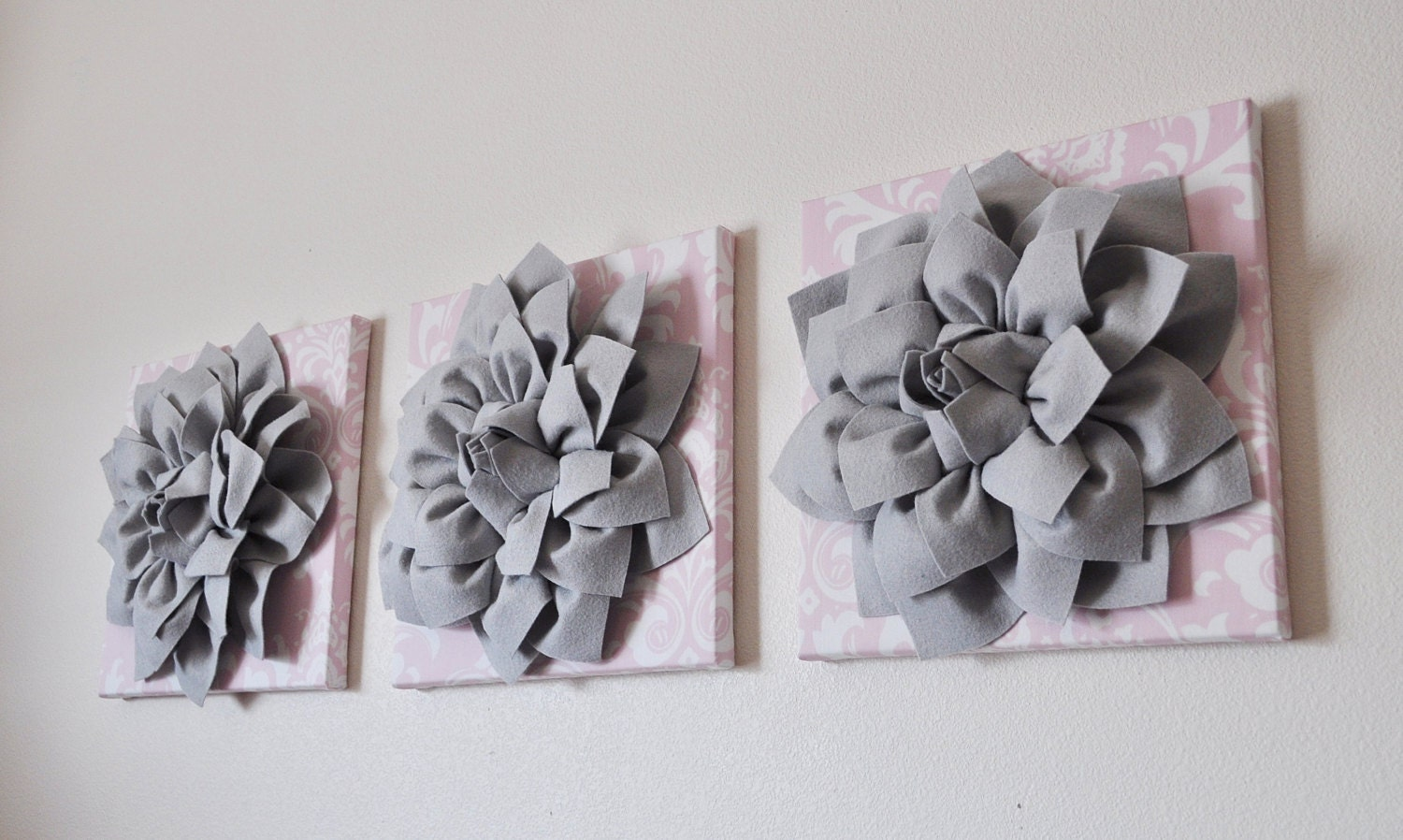 Red Black And Gray Wall Decor: Light Pink Damask Print With Gray 3D Flowers Wall Art Canvas