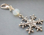 Snowflake Bouquet Charm for Winter Wedding