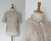 S A L E // vintage 1950s carnival stripe blouse / fifties ruffle collar blouse  / medium to large