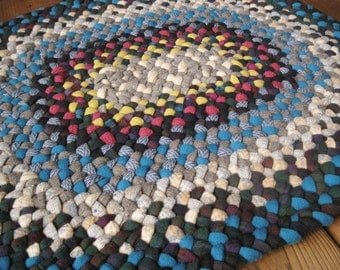 Made To Order Custom Wool Recycled Bathroom Rug/Carpet/Bath Mat in Fushia and Turquoise in your choice of colors