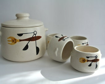 Mid Century-West Bend-Bean Pot & Mini Bean Pots