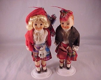 Scotland Boy and Girl Plastic Dolls