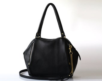 Soft Leather bag - Opelle Liria bag in Black pebbled leather in Black
