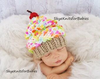 Newborn Photo Prop, Newborn Baby Cupcake Hat, Knit Baby Hat, Baby Hat, Cupcake Beanie, Newborn Hat, Newborn Photography Prop