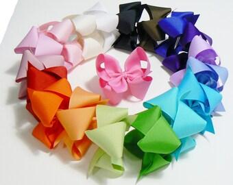 Girls Hair Bow Set Medium Childrens Kids Boutique Dress Fashion Hair Clip Hairbows Hair accessories (Set of 18)