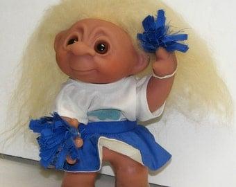 "9"" 1977 Thomas DAM Denmark Troll Cheerleader,Swivel head, arm  with pom poms,mint"
