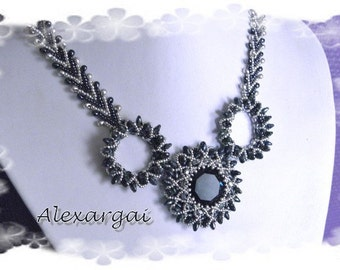 Pattern Azola Necklace