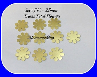 Brass  8 Petal Flowers  - Premium Quality - hand stamping blanks -metal blanks 5 or more