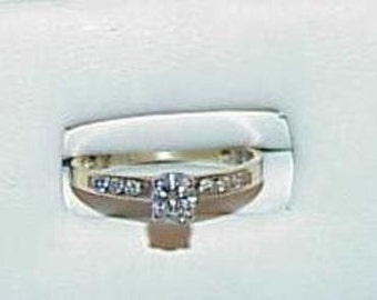 14K .50ct 7 Diamond VS Round Solitaire Diamond Ring Yellow Gold Sz 7.75