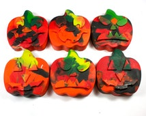 6 Halloween Crayons - jack-o-lantern crayons, trick-or-treat, mixed colors, swirl, pumpkin, party favor