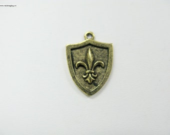 17x22mm Antique gold color lead free pewter charm