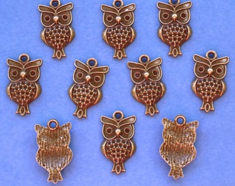 CLEARANCE SALE...Owl Charms x 10, antique bronze tone charm, UK Seller was 1.40, now 1 pound, while stocks last