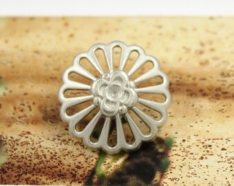 Metal Buttons - Flower Metal Buttons , Silver Color , Openwork , Shank , 0.79 inch , 10 pcs