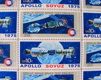 Space Is The Place 24 Vintage UNused US Postage Stamps 1970s Apollo Soyuz 10 Cent Scott 1569 1570 Astronomy Earth Satellite Russia Cosmonaut