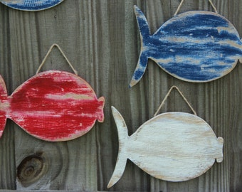 School Of 3 Beachy Wooden Fish, Rustic Wall Hanging, Lake House Decor
